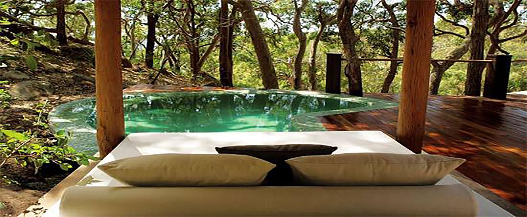 guide d 39 hotels singuliers d 39 exception hotels avec spa. Black Bedroom Furniture Sets. Home Design Ideas